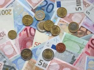 Euro-Münzen und Banknoten